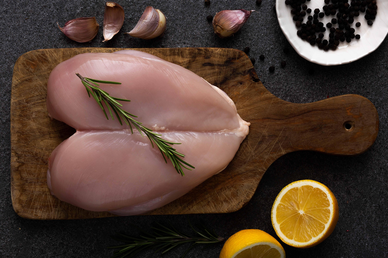 Petto di pollo  - Alemas carni bianche toscane